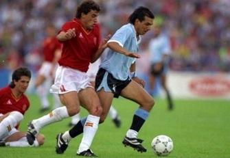 Uruguay-Spagna-0-0-Villaroya-e-Ruben-Sosa